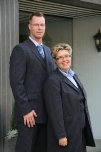 Begrafenisondernemers Esther en Vincent regelen op persoonlijke en betrokken wijze een begrafenis of crematie in de Zaanstreek of Purmerend.